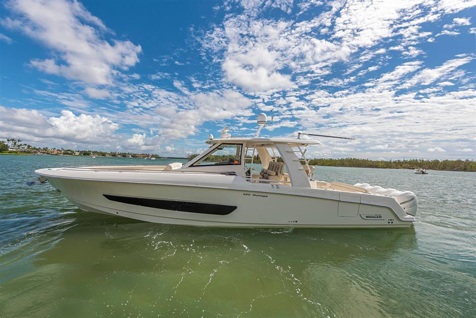 Boston Whaler 420 Outrage Regatta Ii Full