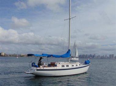"Купить яхту CARRY ME - ENDEAVOUR 32' 0"" в Atlantic Yacht and Ship"