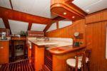 YES IT'S NECESSARY - Hampton Yachts