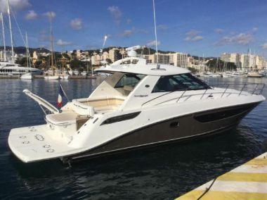 Купить яхту Fanny - SEA RAY 450 Sundancer в Atlantic Yacht and Ship