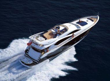 LILY VENTURE - SUNSEEKER 82 Yacht