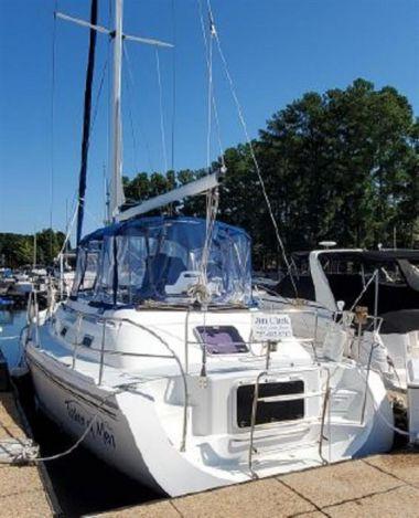 """Продажа яхты Fisher of Men - CATALINA 38' 0"""""""