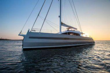 Купить яхту Privilege Serie 8 by Long Island - PRIVILEGE Serie 8 by Long Island в Atlantic Yacht and Ship