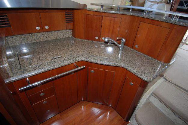 ... Best Yacht Sales Deals Wolverine   SEA RAY ...