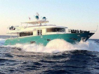 SUNGRIA - APREAMARE MAESTRO 82 yacht sale