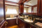 Купить яхту GIHRAMAR - CUSTOM LINE Navetta 30 в Atlantic Yacht and Ship