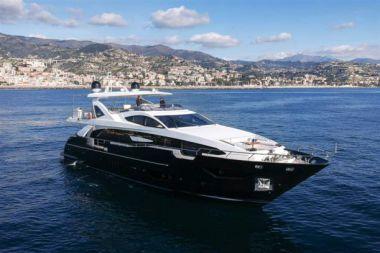 SOLSTICE yacht sale