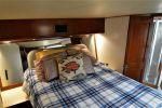 Купить яхту Seeker - BUDDY DAVIS 47 Convertible в Atlantic Yacht and Ship