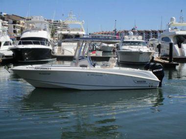 (casa) 2011 BW 220 Or  @ La Paz - BOSTON WHALER 220 Outrage yacht sale