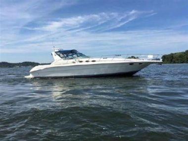 Купить яхту SHAKEN NOT STIRRED - SEA RAY в Atlantic Yacht and Ship