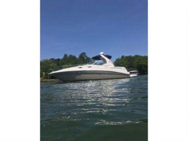 Buy a yacht Sea Ray 320 Sundancer - SEA RAY
