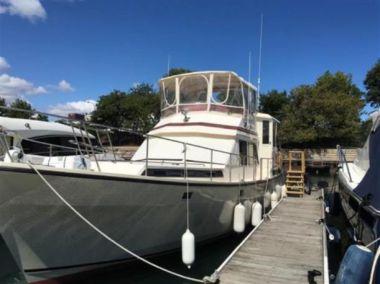 Купить яхту 43ft 1986 President 43 Double Cabin - PRESIDENT YACHTS 43 Double Cabin в Atlantic Yacht and Ship