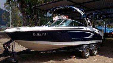 Продажа яхты Chaparral 19 H2O