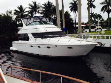 Купить яхту C2C - CARVER 450  Motoryacht в Atlantic Yacht and Ship