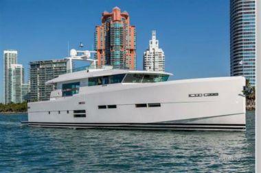 Купить яхту 88' Delta Powerboats 88 Carbon в Atlantic Yacht and Ship