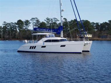 Продажа яхты ADVENTURE - BROADBLUE CATAMARANS 435ST