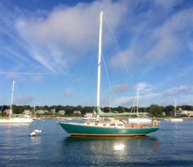 "best yacht sales deals Moonbeam - SPARKMAN & STEPHENS 37' 4"""