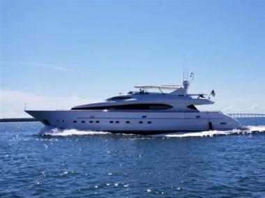 Buy a yacht Lunar  - MAIORA