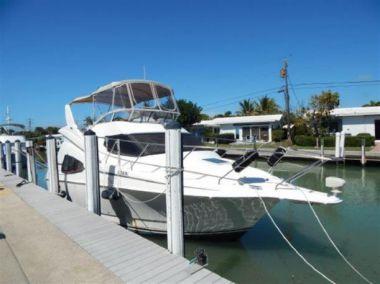 Купить яхту 33 2003 Silverton 330 Sport Bridge - SILVERTON 330 Sport Bridge в Atlantic Yacht and Ship