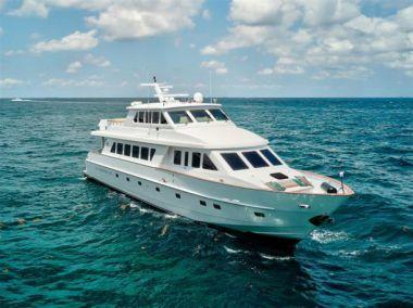 Done Deal - HARGRAVE Enclosed Bridge Skylounge Motor Yacht yacht sale
