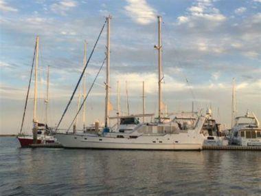 Купить яхту Timbuctoo - CUSTOM Expedition Motorsailer в Atlantic Yacht and Ship