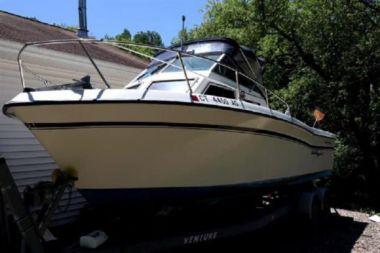 Стоимость яхты 1982 Grady-White 242 - GRADY-WHITE