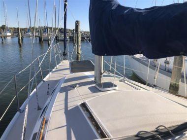 Стоимость яхты Mary B - CATALINA 1988