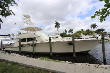 """best yacht sales deals TALLYHO - DONZI 72' 0"""""""
