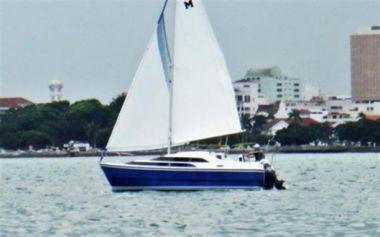 Купить яхту Macgregor 26 в Shestakov Yacht Sales