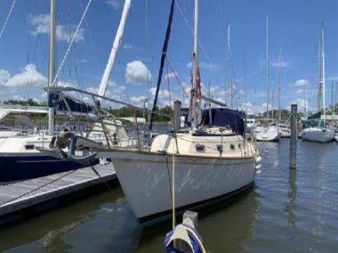 Продажа яхты 1990 Island Packet  - ISLAND PACKET YACHTS 32