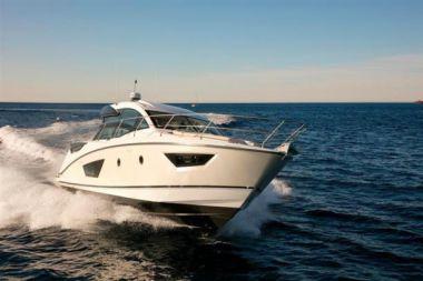 Buy a yacht Gran Turismo - BENETEAU