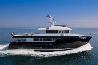 Купить яхту Darwin Class 96' MY Stella di Mare в Atlantic Yacht and Ship
