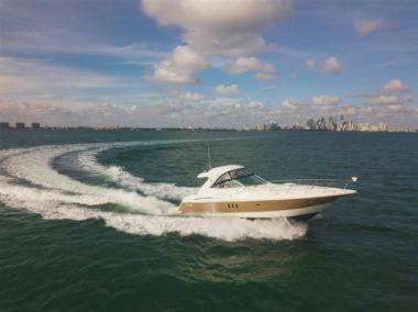 "Cruisers Yachts 420 - CRUISERS 42' 0"""