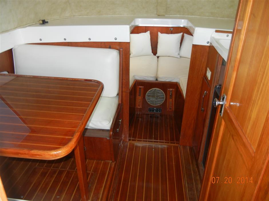 waterbase bertram buy and sell boats atlantic yacht and ship