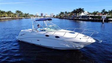 Купить яхту Tiffanys Bay - SEA RAY 270 Amberjack в Shestakov Yacht Sales