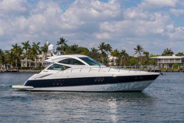 "Лучшая цена на 54 Cruisers - Cruisers Yachts 54' 0"""