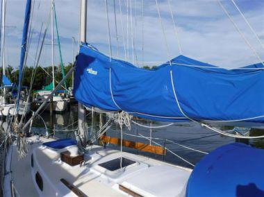 Стоимость яхты Gypsea Soul - CAPE DORY 1977
