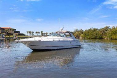 "Купить Nauti Girl - Cruisers Yachts 42' 0"""