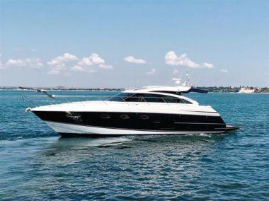 Продажа яхты GOSTO da VIDA - PRINCESS YACHTS V52