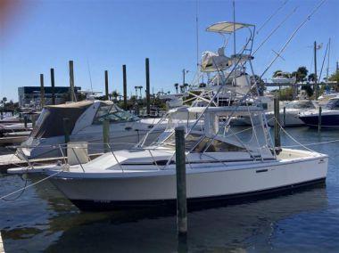 Buy a yacht Right Stuff 3 - BLACKFIN