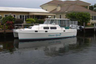 Продажа яхты Forever Young - ENDEAVOUR CATAMARAN INC TrawlerCat 36