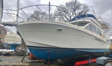 Купить яхту The Oblivion - CHRIS CRAFT 425 Catalina в Atlantic Yacht and Ship