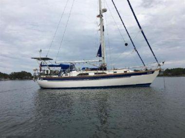 Купить яхту Neva - SLOCUM 43 Cruiser Cutter в Atlantic Yacht and Ship