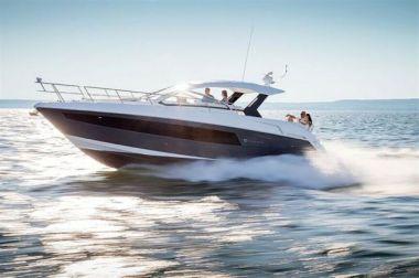 "Купить яхту 390 Express Coupe - Cruisers Yachts 39' 0"" в Atlantic Yacht and Ship"