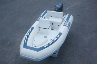 Купить яхту Novurania 360 DL в Atlantic Yacht and Ship
