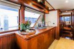 Купить яхту Wiggle Room - OCEAN ALEXANDER 90A в Atlantic Yacht and Ship