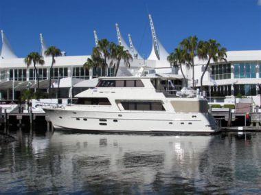 "SERENITY - Hampton Yachts 72' 9"""