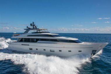 """Стоимость яхты Rare Diamond - SANLORENZO 104' 0"""""""