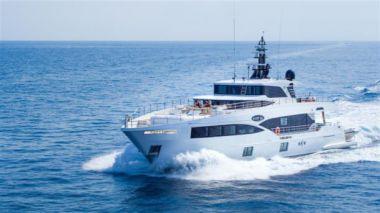 Isla - Majesty 100 - GULF CRAFT INC 2020