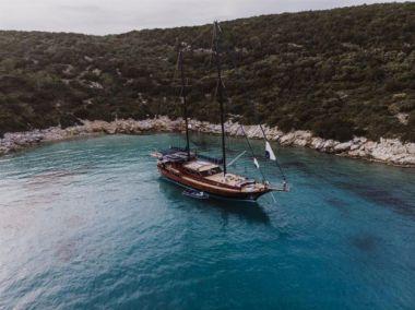 Стоимость яхты CAPRICORN 1